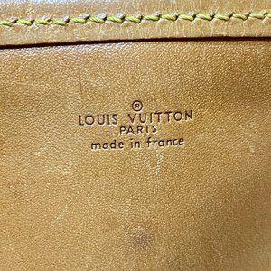 Louis Vuitton Bags - Authentic LOUIS VUITTON Bucket Tote Shoulder Bag